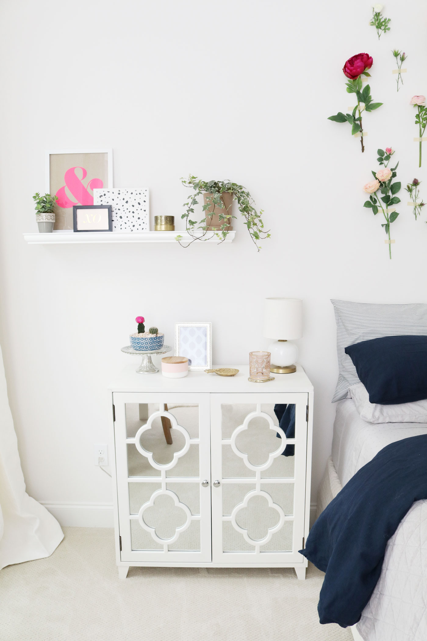 Guest_Bedroom_Makeover_Whimsical_Bedside